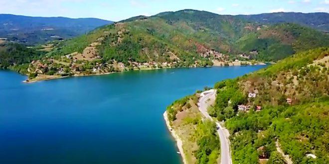 پاکسازی دریاچه پر از پلاستیک در صربستان
