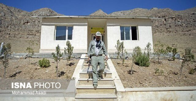 پاسگاههای محیط بانی فارس به انرژی خورشیدی مجهز میشود