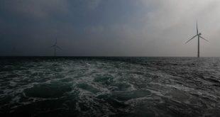 سرمایهگذاری در انرژی پاک ۳ برابر شود